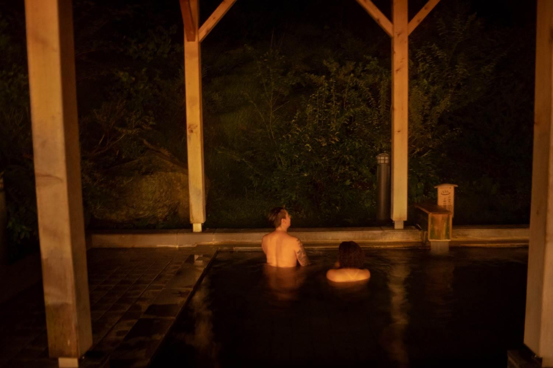 レズビアン温泉